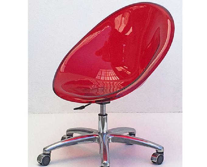 Cadeiras acrílicas