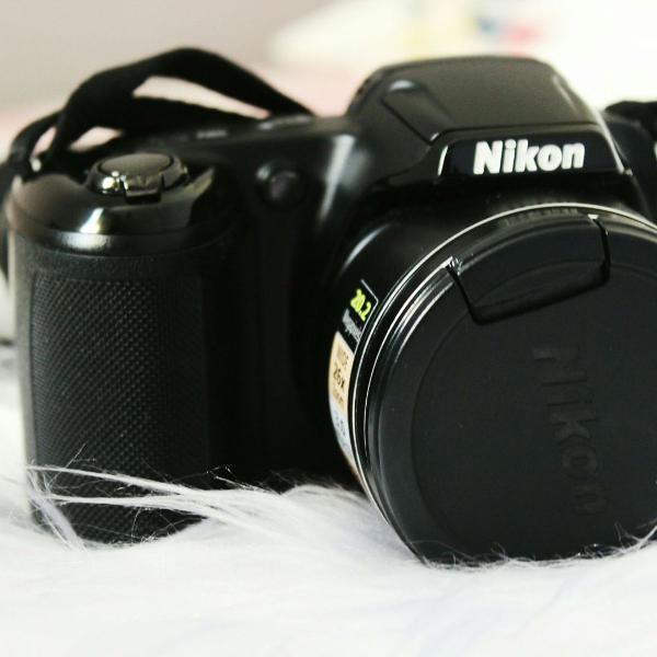 Câmera nikon seminova