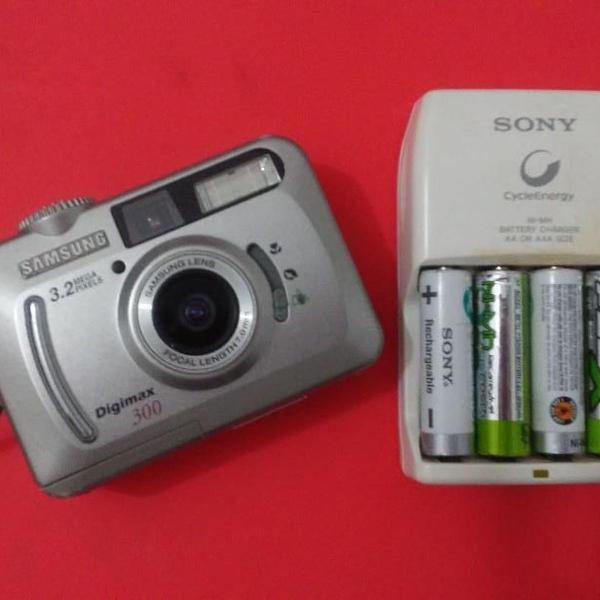 Camera samsung vintage + pilhas