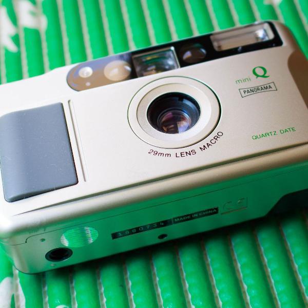 Câmera fotográfica analógica panorama mini q