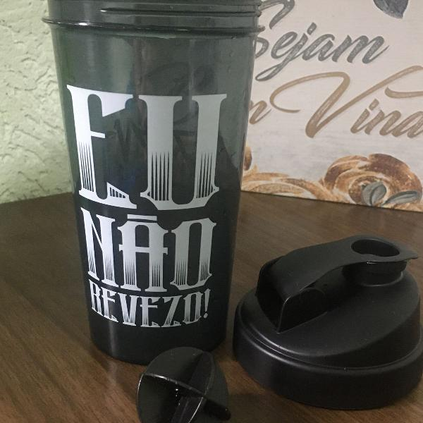 Coqueteleira plástica para shake (copo de brinde)