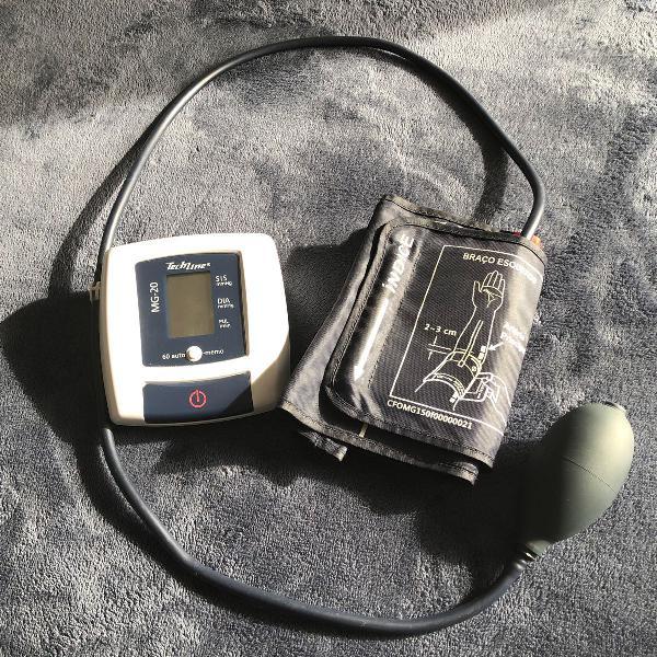 Medidor pressão manual