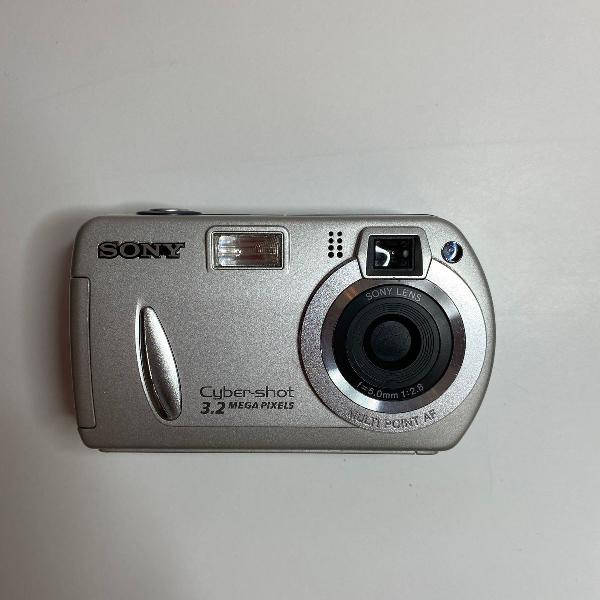 Máquina fotográfica digital sony cyber-shot dsc-p32 - 3.2