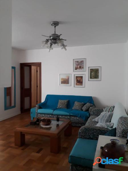 Apartamento 3 quartos mobiliado, 2 wcs,1 vaga, gonzaga, santos