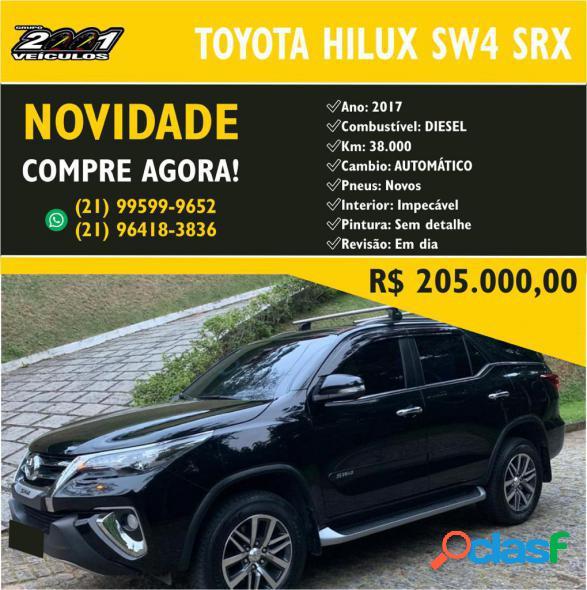 Toyota hilux sw4 srx 4x4 2.8 tdi 16v dies. aut. preto 2017 2.8 diesel