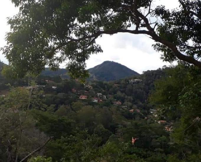 Petrópolis rj vendo terreno em itaipava. r$ 120.000,00.