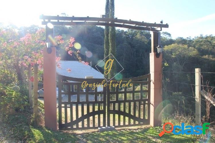 Chácara casa estilo chalé localizada município de rancho queimado - sc