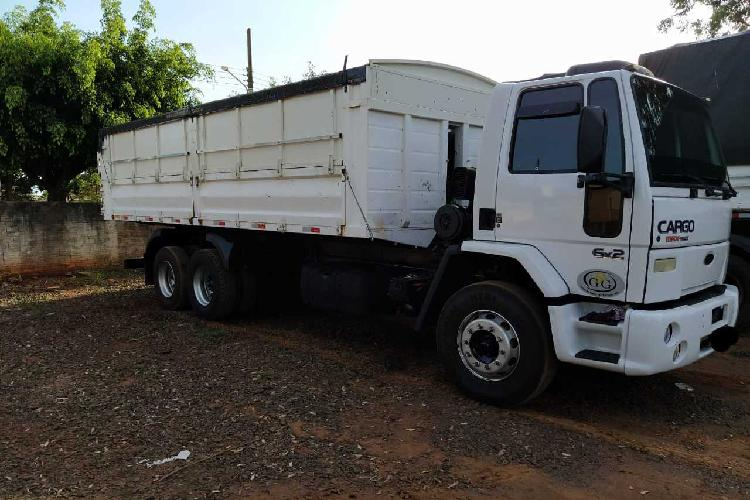 Cargo2422 ford - 05/05