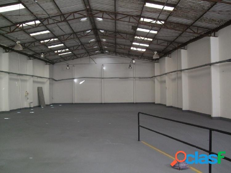 Galpão para locação área total de 1.200 m² industrial barueri