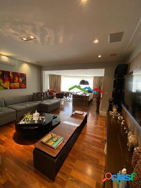 Apartamento com varada gourmet no campo belo!!