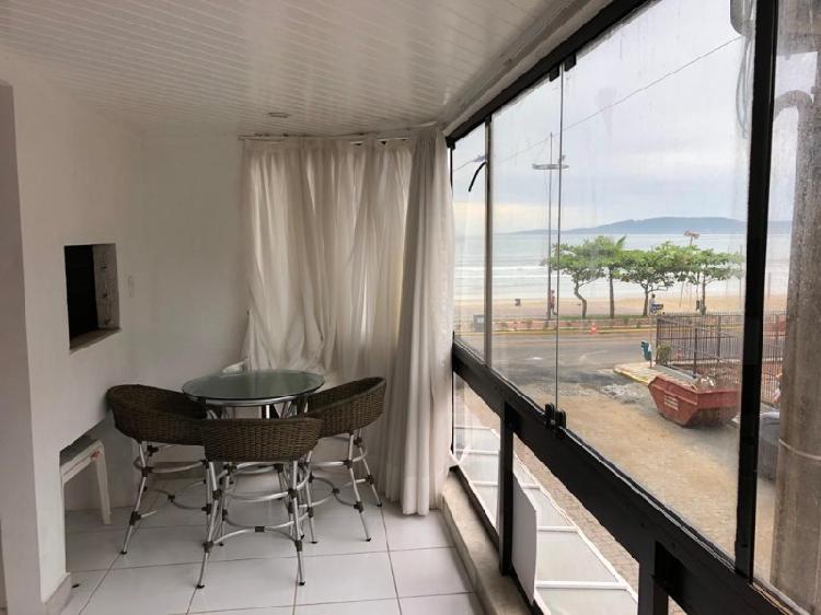 Apartamento quadra mar!!!