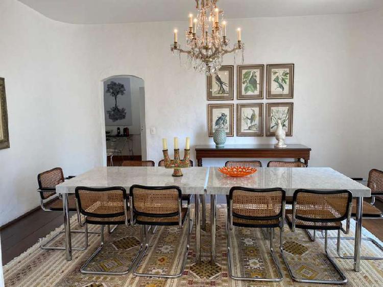 Apartamento estilo mediterrâneo 360 m2 com 4 quartos em