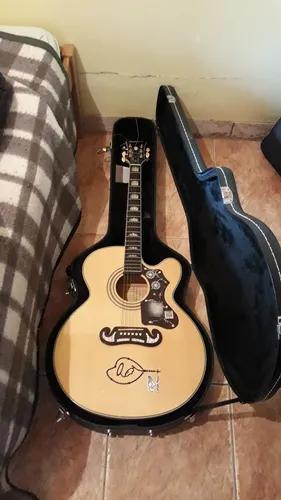 Aulas de música online (violão, guitarra, teclado, canto)
