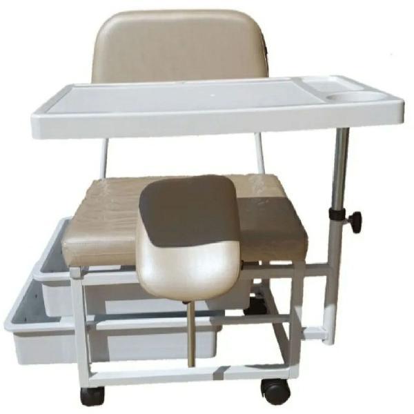 Ciranda cadeira manicure com 2 gavetas com chave tripe junto