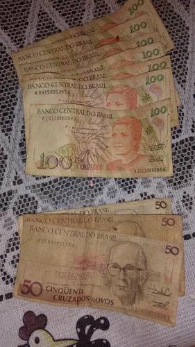 Vendo notas e moedas antigas.