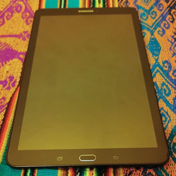 Tablet samsung galaxy tab e 9.6''