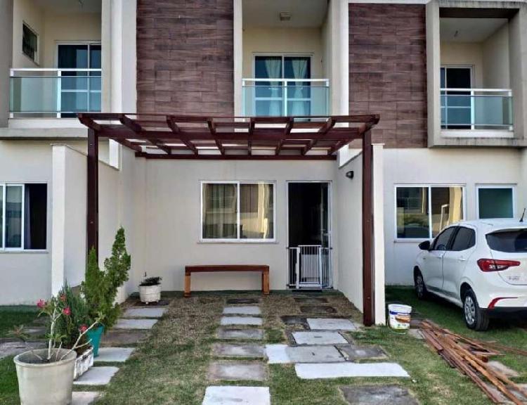 Casas duplex com 3 suítes em condomínio no eusébio