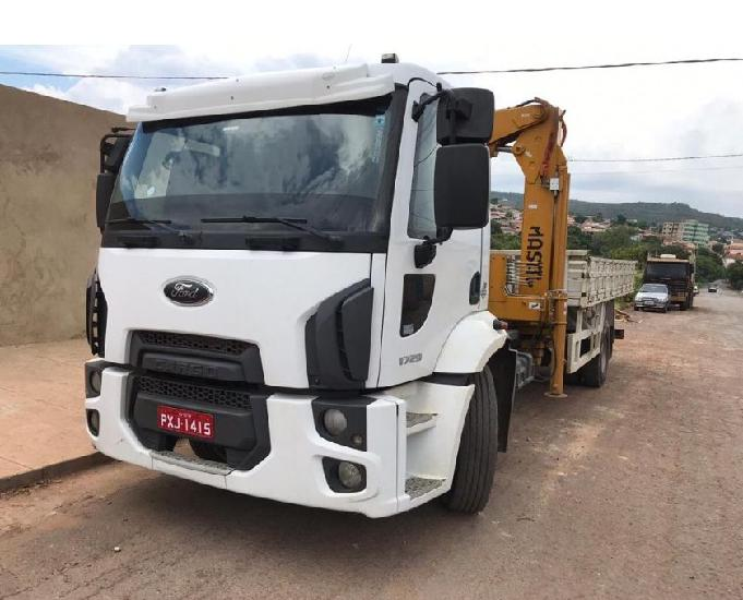Ford 1729 ano 2015
