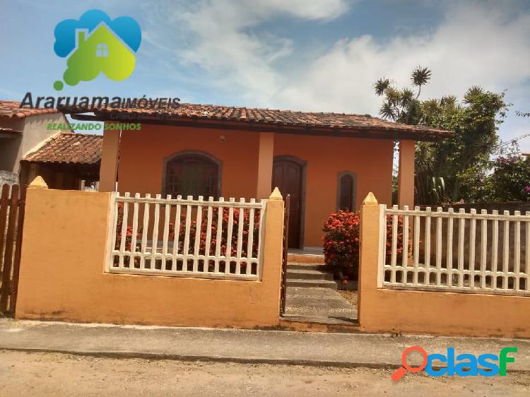 Ampla casa localizada no bairro praça da bandeira em condomínio fechado