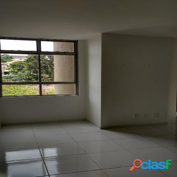 Apartamento 02 quartos bairro joão pinheiro