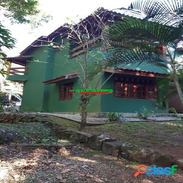 Casa sobrado 3 suítes condomínio fechado em caraguatatuba