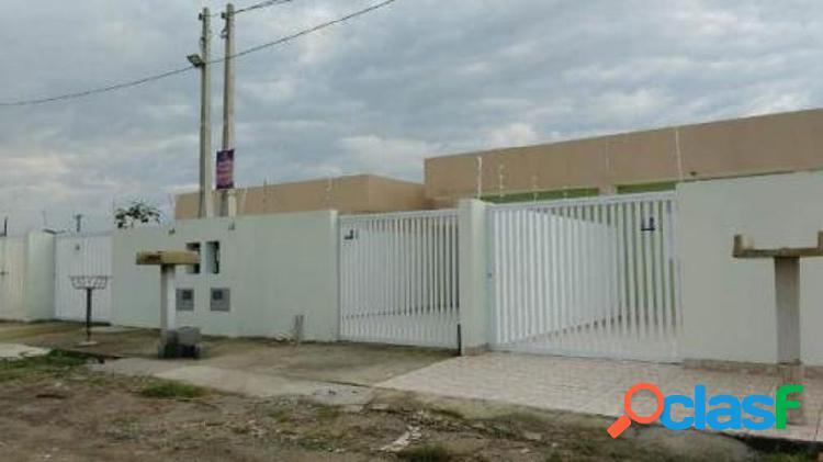 Casa nova geminada em itanhaém