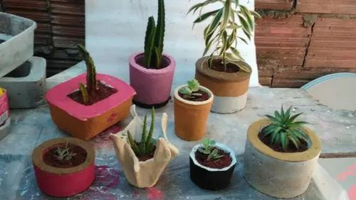 Vasos de cimento decorativos
