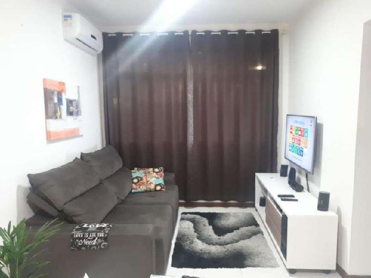 Apartamento de 59 metros quadrados no bairro capoeiras com 2