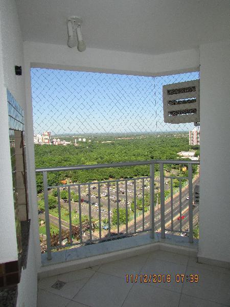 Apartamento três quartos com churrasqueira na sacada