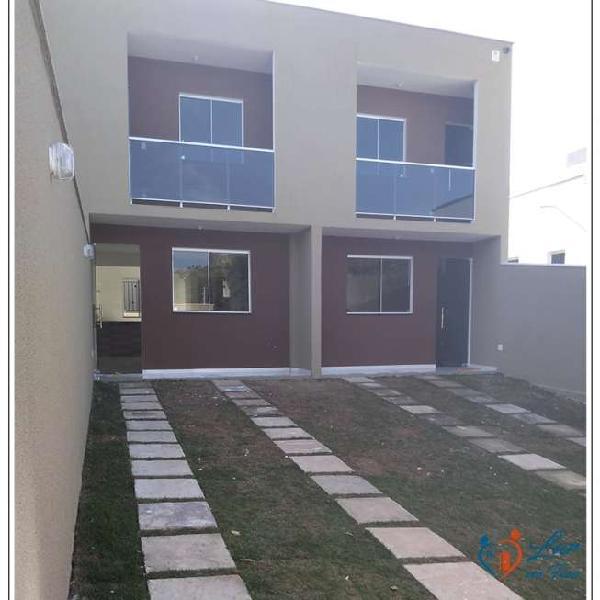 Casa para venda com 65 metros quadrados com 2 quartos em
