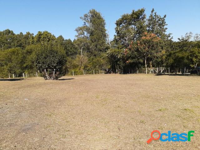 Lindo terreno com 585m², localizado a 50 metros da RS 040, Ponta do Aterro 1