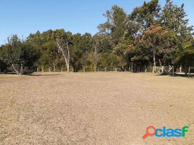Lindo terreno com 585m², localizado a 50 metros da RS 040, Ponta do Aterro 2