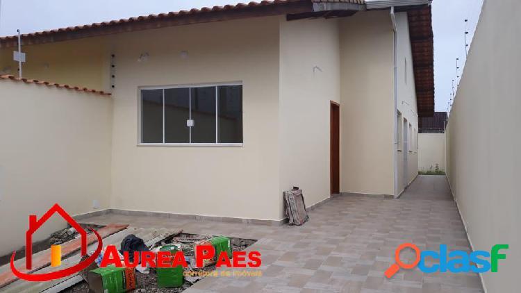 Linda casa nova, excelente acabamento, moveis planejados