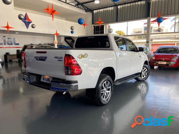 Toyota hilux cd srv 4x4 2.7 flex 16v aut. branco 2017 2.7 flex