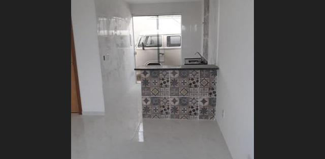 Casa Geminada Duplex independente 2 qts 3 vagas - Novo