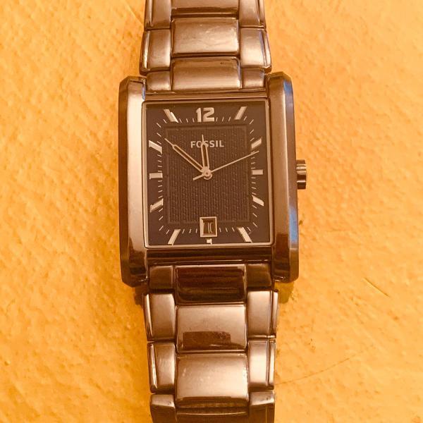 Relógio masculino fóssil prata quadrado