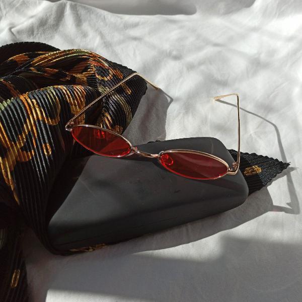 culos trap hype vermelho retrô vintage oval uv400