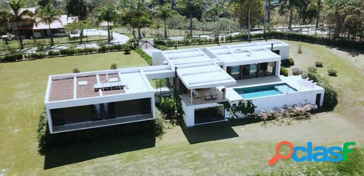 Casa com 5 suítes - condomínio rural alto padrão - joaquim egídio
