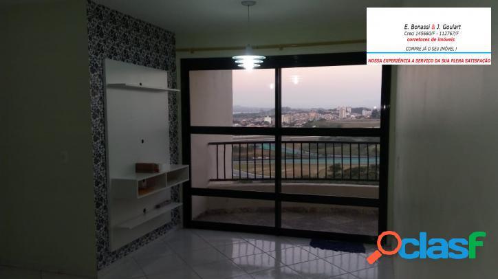 Apartamento com 3 quartos em interlagos