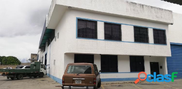 Galpón en venta de 437m2 en la zona industrial municipal norte