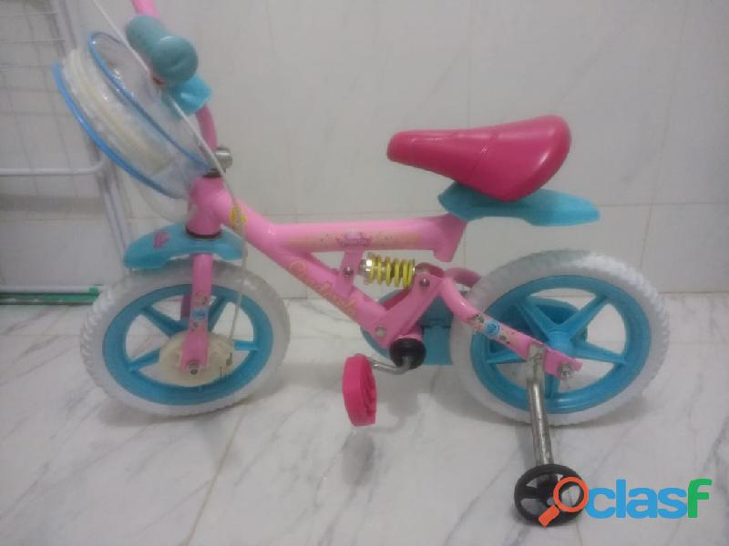 Bicicleta infantil disney cinderela bandeirante (aro 12, em ótimo estado)