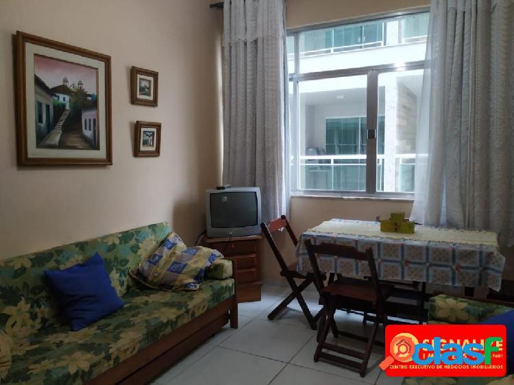 Ótimo apartamento quarto e sala. próximo a praia do forte