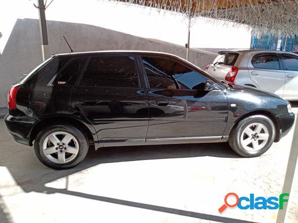 Audi a3 1.8 5p mec. preto 2005 1.8 gasolina