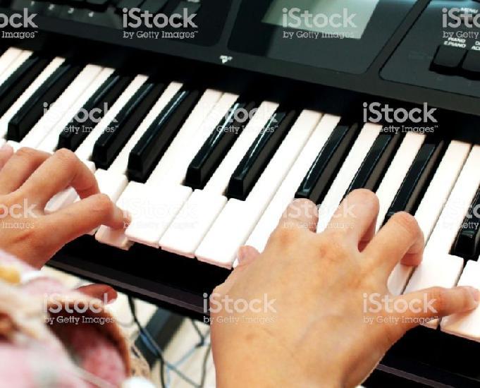 Aulas de teclado na ts music zona leste!