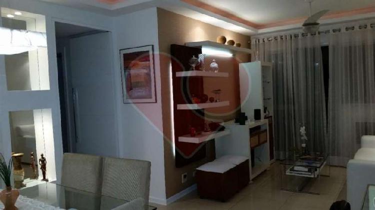 Apartamento para venda com 90 m² com 3 quartos em