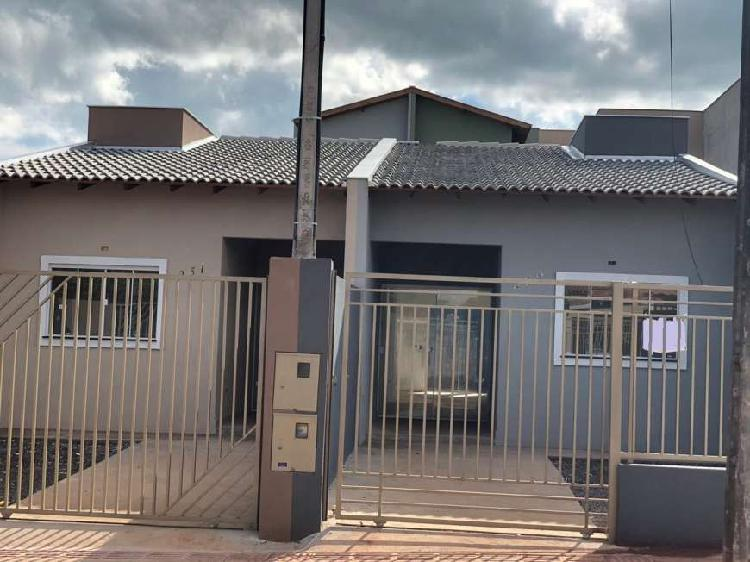 Casa nova geminada no jd. colinas com 2 quartos pronta pra