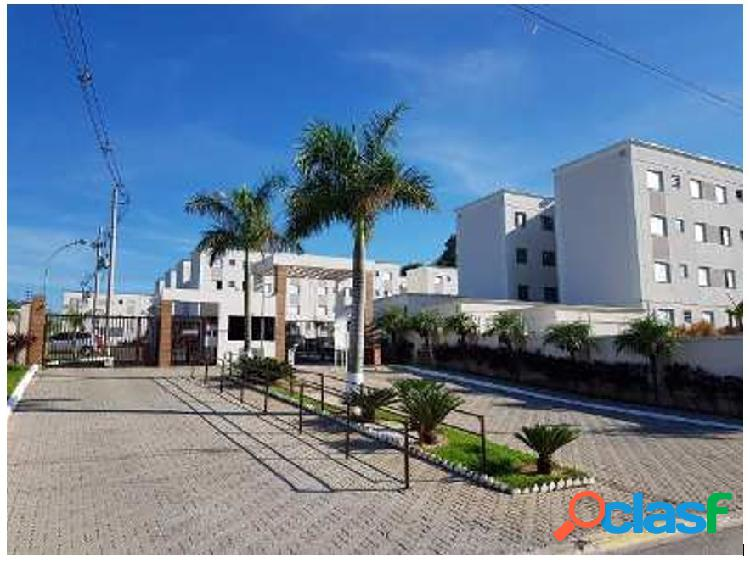 Apartamento no condomínio residencial parque serrano