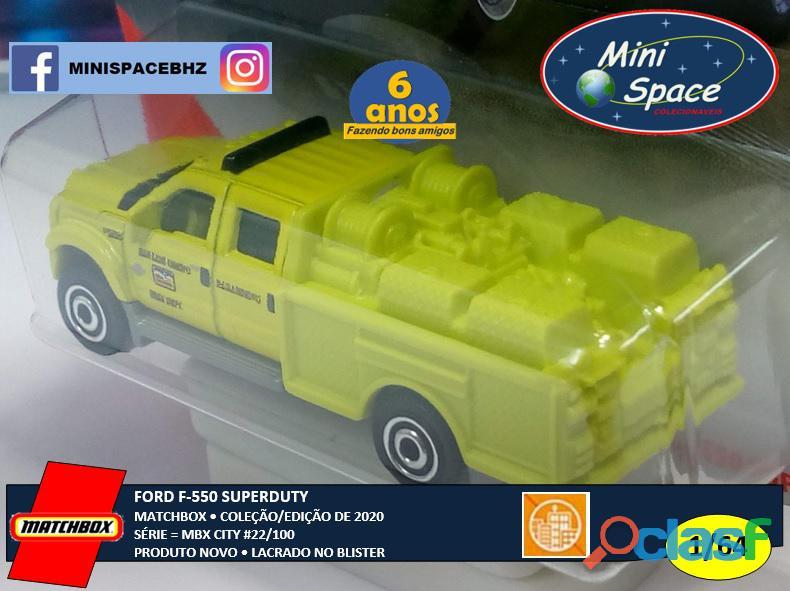 Matchbox Ford F 550 SuperDuty Bombeiro 1/64 6