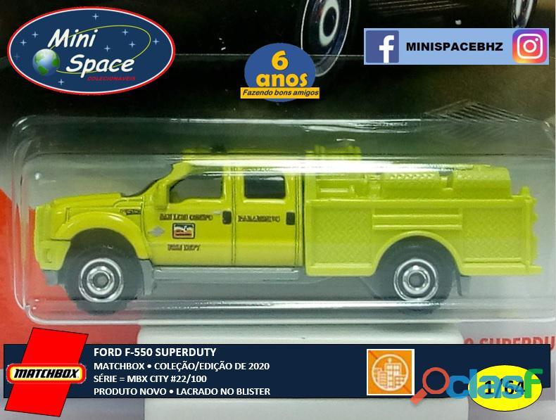 Matchbox Ford F 550 SuperDuty Bombeiro 1/64 3