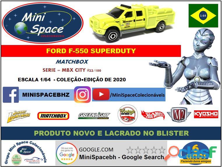 Matchbox Ford F 550 SuperDuty Bombeiro 1/64 2